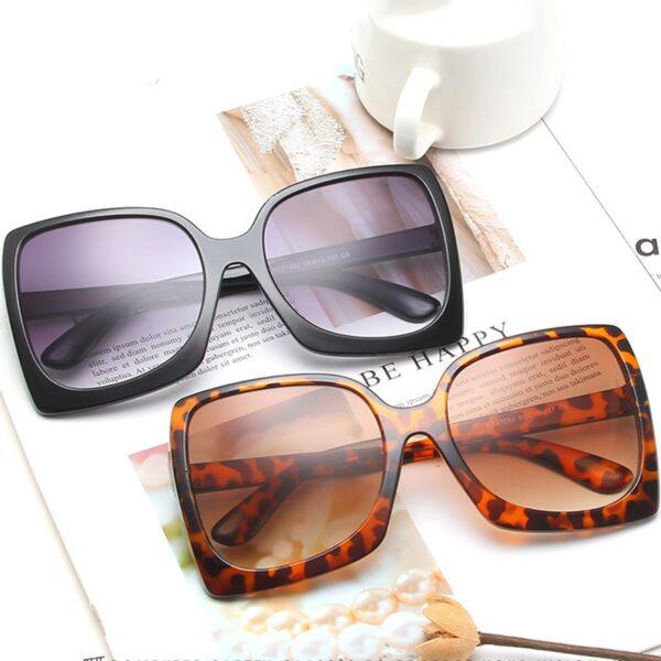 RBROVO-2021-Oversized-Sunglasses-Women-Vintage-Sun-Glasses-for-Women-Men-Luxury-Sunglasses-Women-Mirror-Oculos-2.jpg